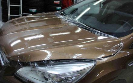 защита антигравийной плёнкой Ford Kuga
